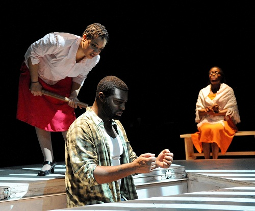 Fatima Quander, Robert Lee Hardy, and Felicia Curry.   Photo by Stan Barough.